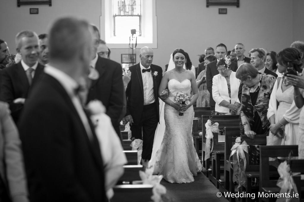 dad giving away bride