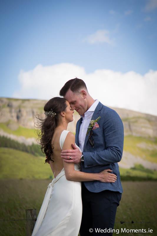 wedding photographer on mountain