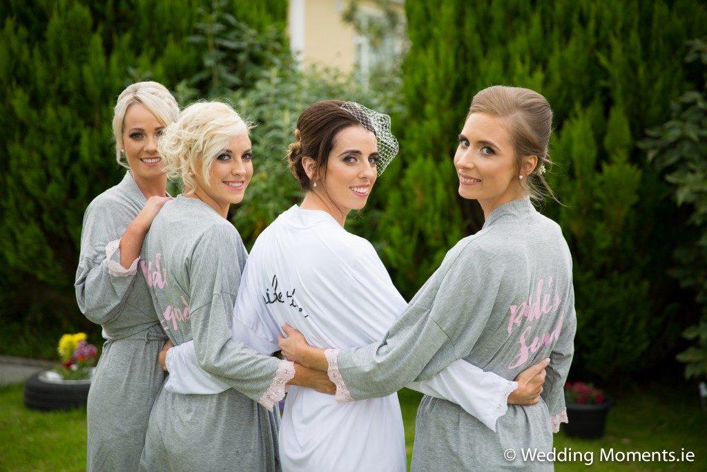 group photo of bridemaids