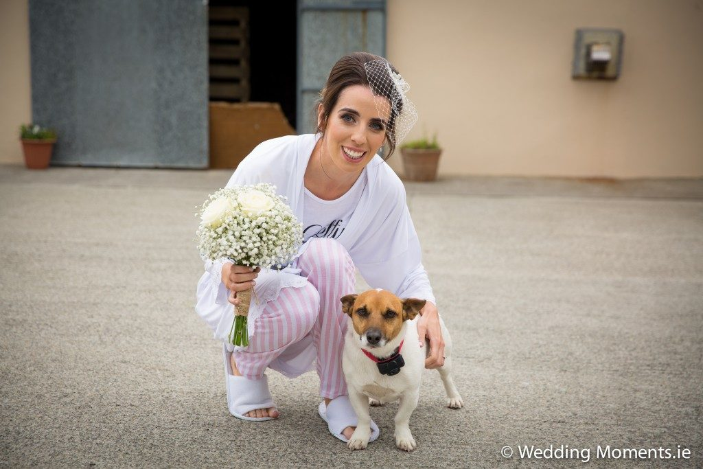 bride with het pet dog